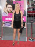 th_11448_JenniferAniston_HorribleBossespremiere_Hollywood_300611_025_122_129lo.jpg