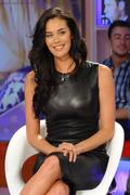 Меган Гэйл, фото 243. Megan Gale on Italian tv show 'Verissimo' - 04/11/11, foto 243