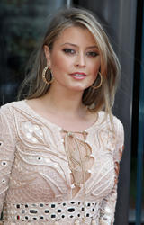 Холли Вэлэнс, фото 27. Holly Valance McLaren London showroom opening at One Hyde Park on June 21, 2011 in London, England., photo 27